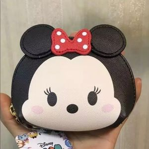 NWT Disney Tsum Tsum Minnie coin bag
